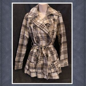 Maralyn & Me Burberry print trench coat Medium